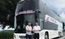 Първият двуетажен автобус Futura FDD2 на VDL  е доставен на Roland Zemp Carreisen в Швейцария