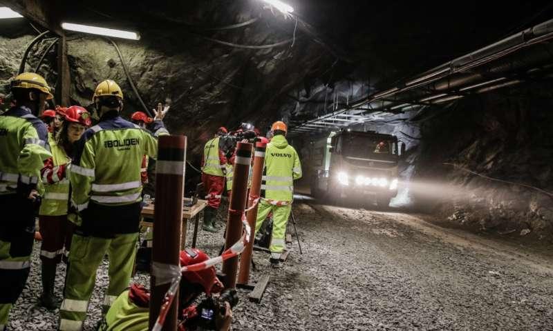 Тестват самоуправляващия се камион Volvo FMX в шведските мини Болиден