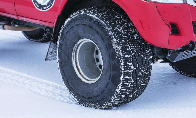 Зимната  гума Nokian Hakkapeliitta 44 – най-новият топ продукт между Nokian Tyres и Arctic Trucks