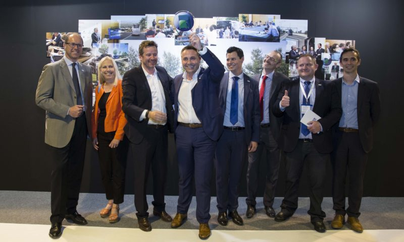 """Daily Tourys от Iveco печели наградата """"Минибус на годината"""" за 2017 година"""