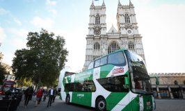 Разглеждане на забележителности в Лондон с безшумни хоп-он/хоп-оф автобуси