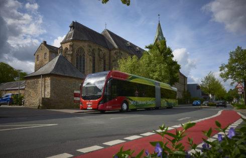 Най-големият парк от електрически съчленени автобуси в Германия