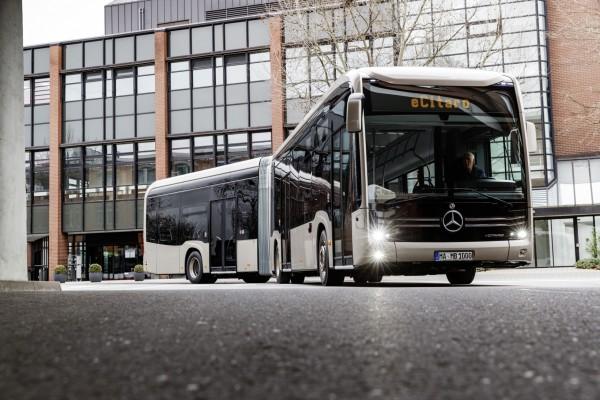 Новият съчленен автобус еCITARO G на MERCEDES-BENZ