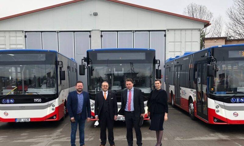 Turkish buses begin circulating in Prague's public transport