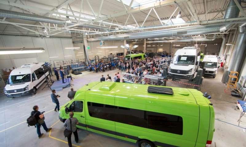 Най-големият производител на нови минибуси в Балтийските страни отваря нов завод в Литва