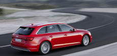 The Audi Group is continuing along its growth path: From January through June, the company delivered more than 900,000 automobiles of the Audi brand to customers worldwide for the first time in a six-month period. The Ingolstadt company thus generated total revenue of €29,784 million – an increase of 11.6 percent. During the same period, the Audi Group increased its operating profit by 9.1 percent to €2,914 million – immediately prior to the renewal of important bestsellers such as the Audi A4.   In the picture: The new Audi A4 Avant 3.0 TDI quattro.