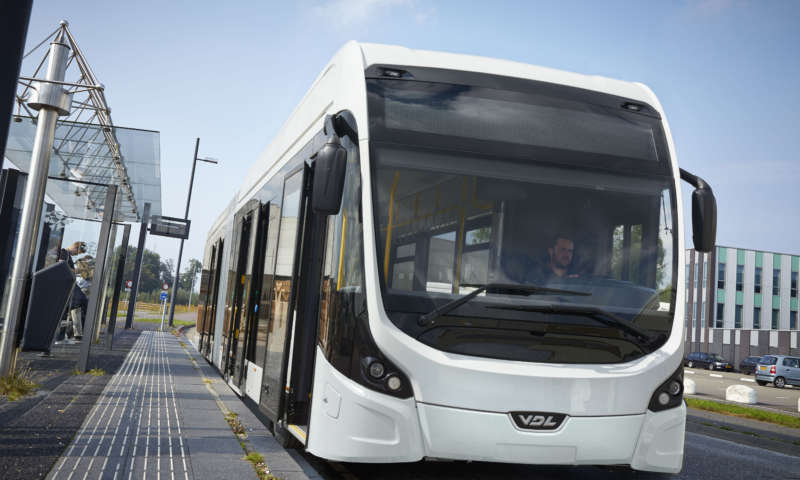 Group of European electric bus manufacturers agrees on an open interface for charging