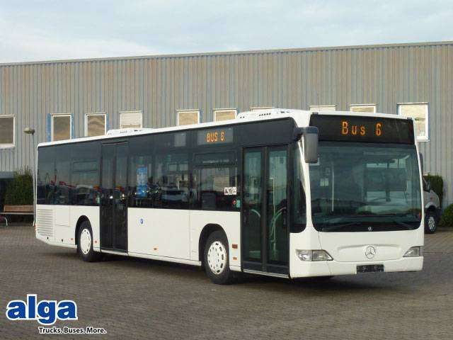 Mercedes-Benz city bus